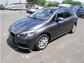 BMW 218 Active TourerBaureihe 2 Active Tourer218d xDrive Advantage - pikkubussi