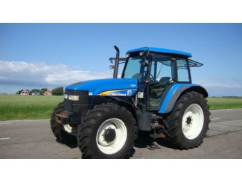 Maataloustraktori NEW HOLLAND TM 140